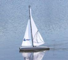 Helion Aura 650 RTR Sailboat