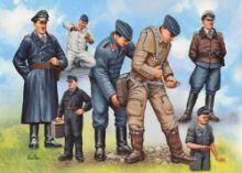 Revell Pilots & Ground Crew Luftwaffe WWII