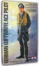 Tamiya 1/16 German Luftwaffe Ace pilot