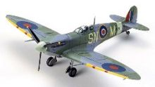 Tamiya 1/72 Supermarine Spitfire - Mk.Vb/Mk.Vb TROP